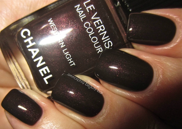 chanel-western-light-swatch-flash