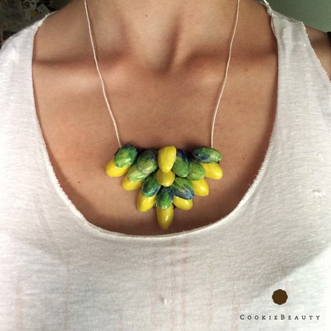 pistachio-necklace3