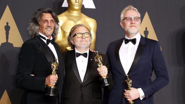 Gregoriani, Bertolazzi e Nelson ricevono l'Oscar come miglior Makeup e Hairstyling - Fonte immagine: tgcom24.mediaset.it